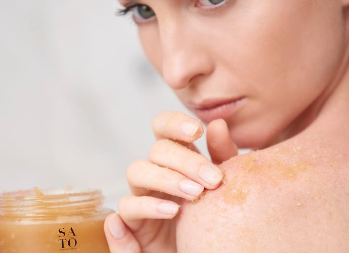 Read more about the article Scrub corpo: cos'è e perché è importante per la salute della pelle