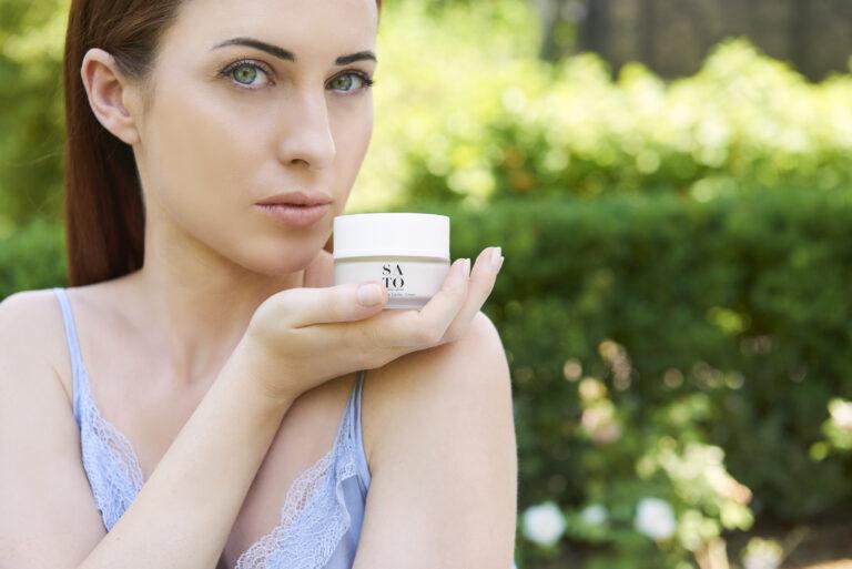 Read more about the article Quale crema viso usare in estate se resti in città